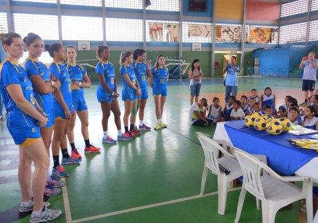 Seleção Brasileira Feminina está na capital alagoana para treinos e jogos